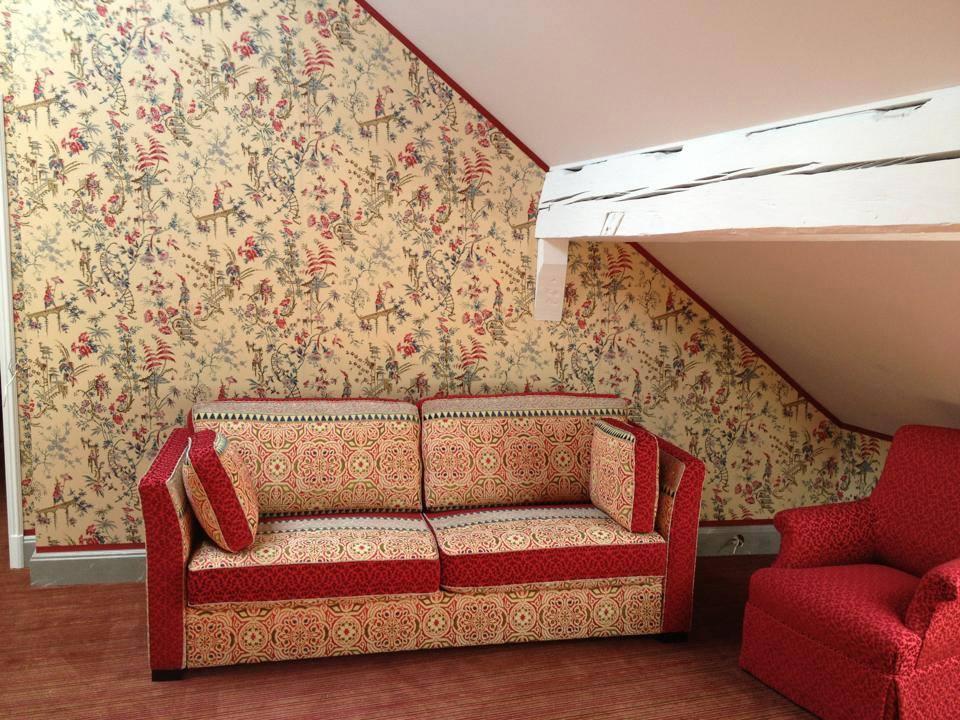 tenture murale the decoralist. Black Bedroom Furniture Sets. Home Design Ideas