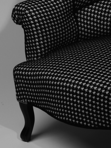 Crapaud the decoralist - Restauration fauteuil crapaud ...