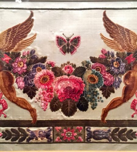Antoine Vauchelet fabricant, Dessus de ployant en velours ciselé et peint, soie 1810 Exposition Redouté