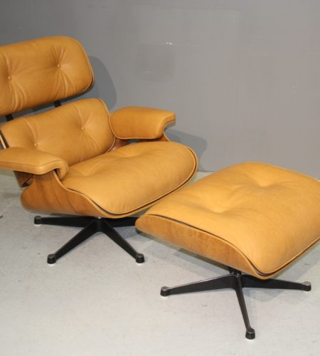 Coulon Tapissier - La Lounge Chair en cuir