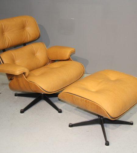 Coulon Tapissier - La Lounge Chair en cuir
