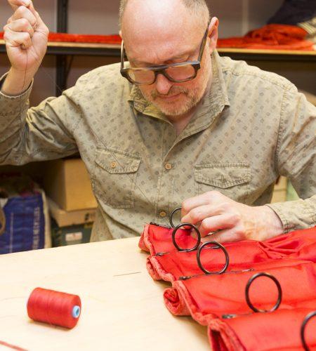 Le rideau rouge